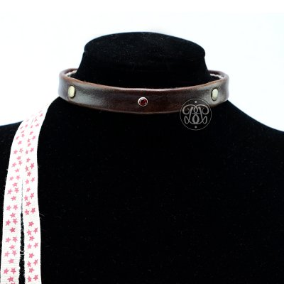 Vintage Star Submissive Collar